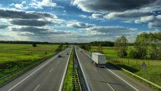 Na drogach Polski wschodniej popada deszcz
