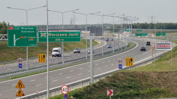 Otwarta trasa S8 Lech Marcinczak / tvnwarszawa.pl