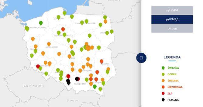 Stężenie pyłu PM2,5 w czwartek o godzinie 6 (tvnmeteo.pl za GIOŚ)