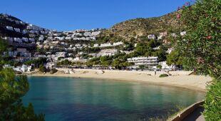 Kurczą się słynne katalońskie plaże